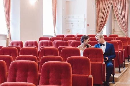 http://libraphoto.com - концертный зал в помещении Иезуитского коллегиума в Полоцке