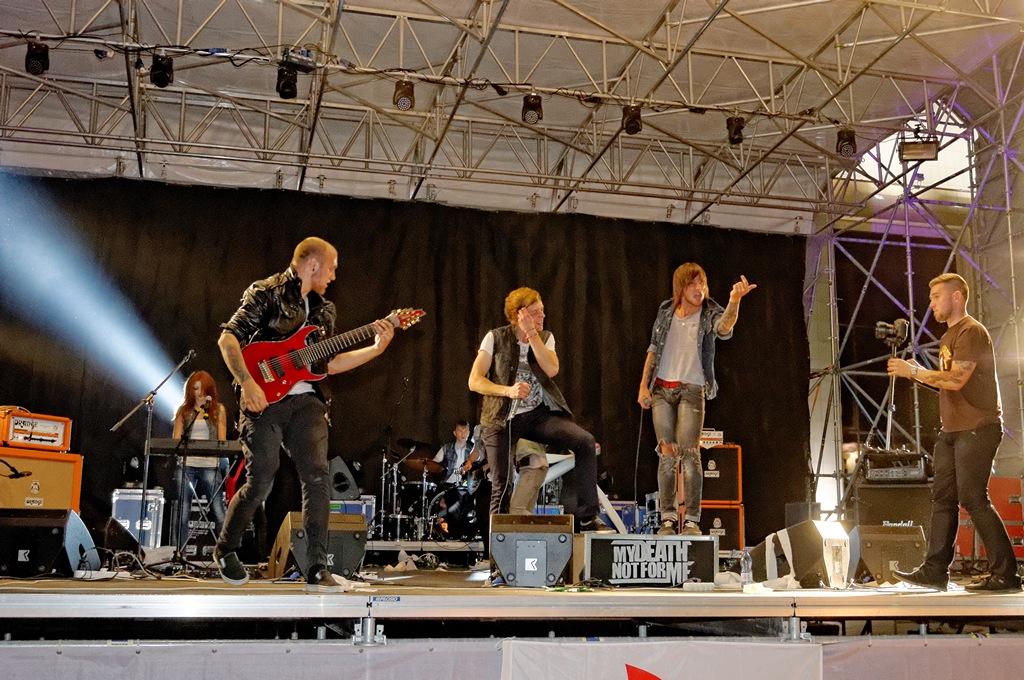 http://libraphoto.com - Рок-Концерт на площади в Новополоцке. (орг. Белая Русь), фотограф Евгений Кормщиков в Полоцке и Новополоцке